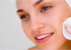 Makyaj Temizlemek için Hangi Ürünler Tercih Edilmeli?